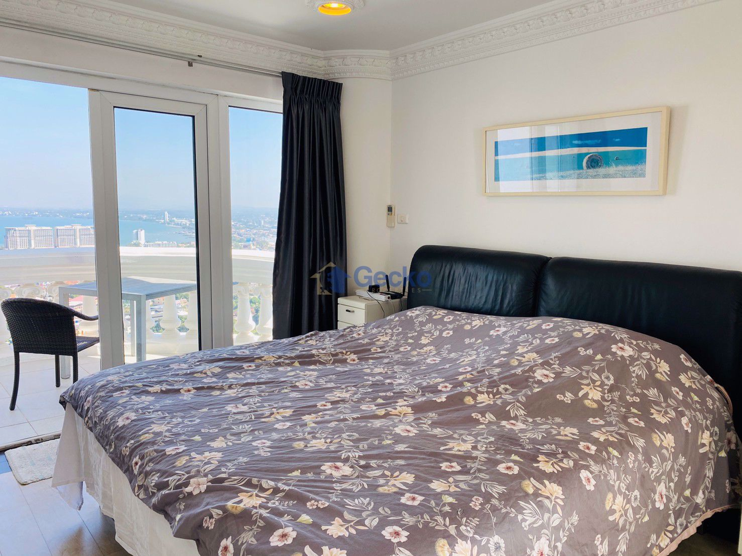 รูปภาพ 1  Bedroom bed in Condo in Sky Beach in Wongamat C008957