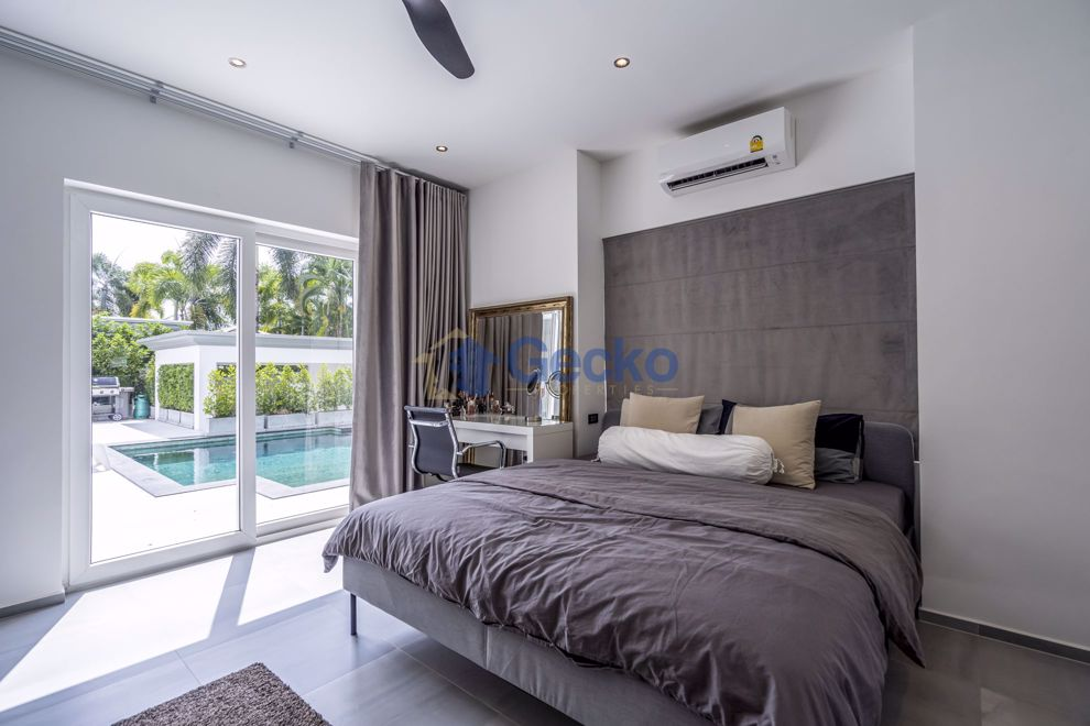 Picture of 3 Bedrooms bed in House in Siam Royal View in East Pattaya H008968