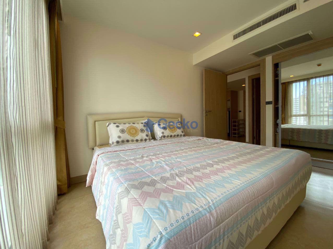 图片 1  Bedroom bed in Condo in The Cliff in Pratumnak C008978