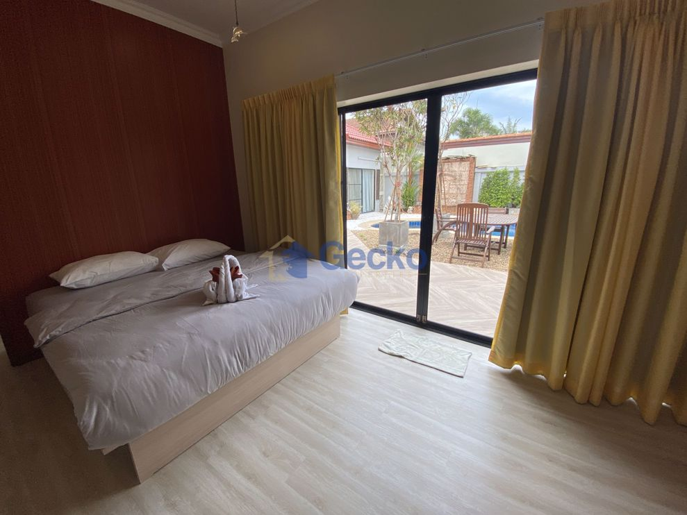 Picture of 4  Bedrooms bed in House in View Talay Villas in Jomtien H008987