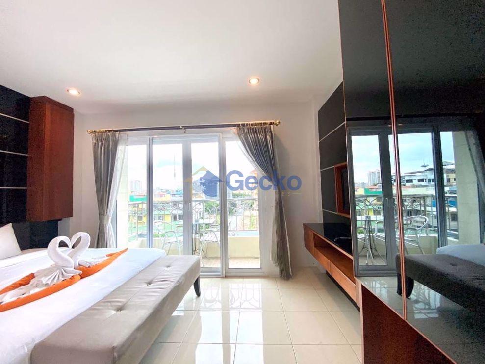 图片 1  Bedroom bed in Condo in Nordic Dream Paradise in Pratumnak C008997