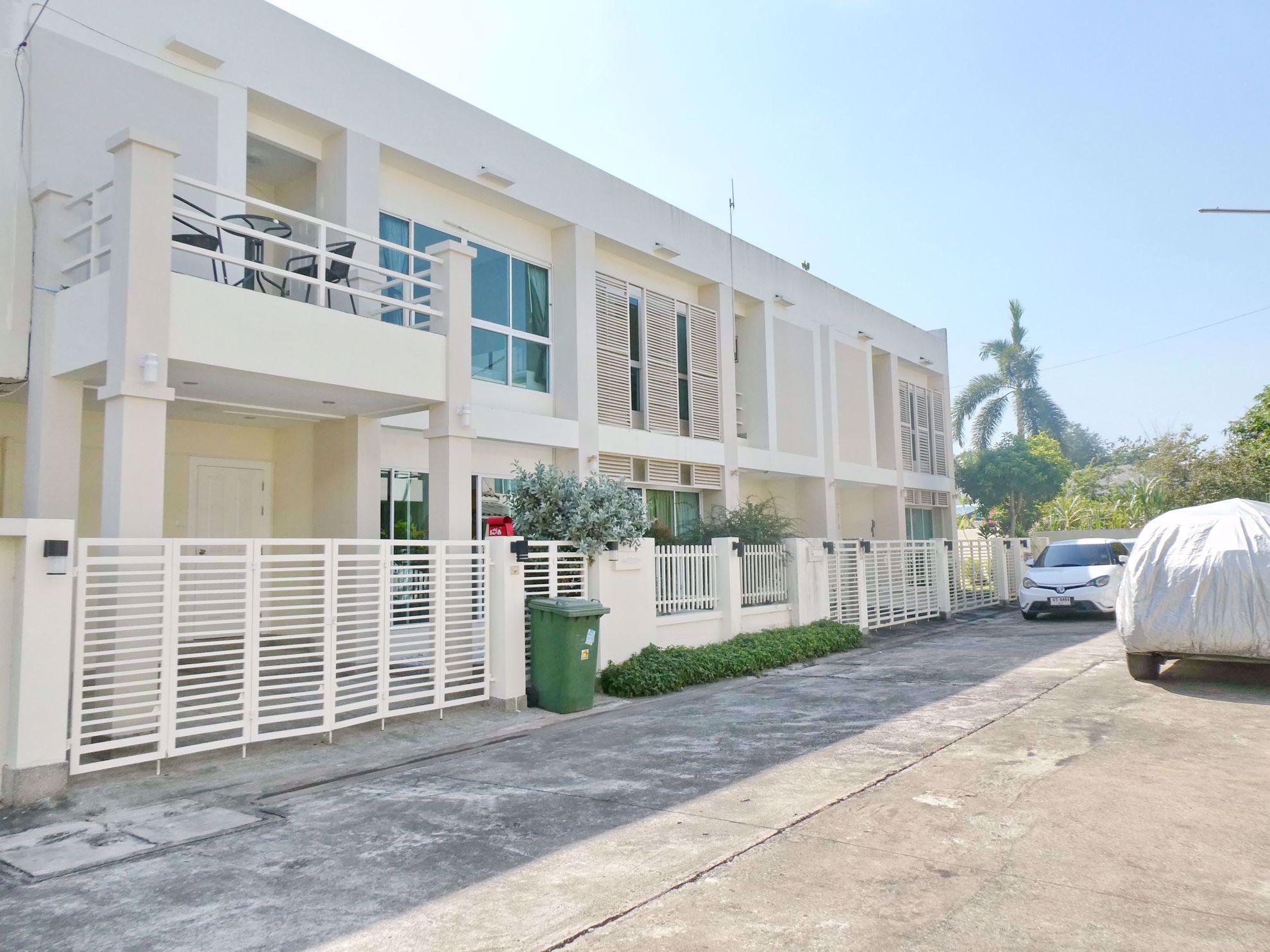 图片 2 Bedrooms bed in House in The Meadows in East Pattaya H009002