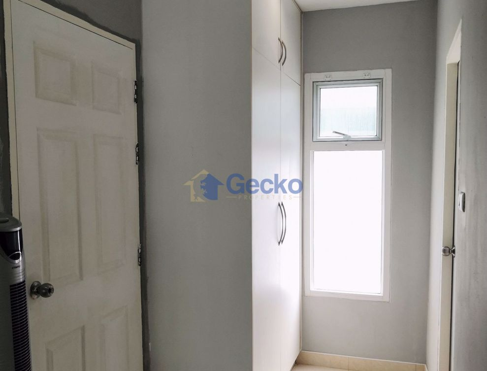 Picture of 2 Bedrooms bed in House in The Meadows in East Pattaya H009004