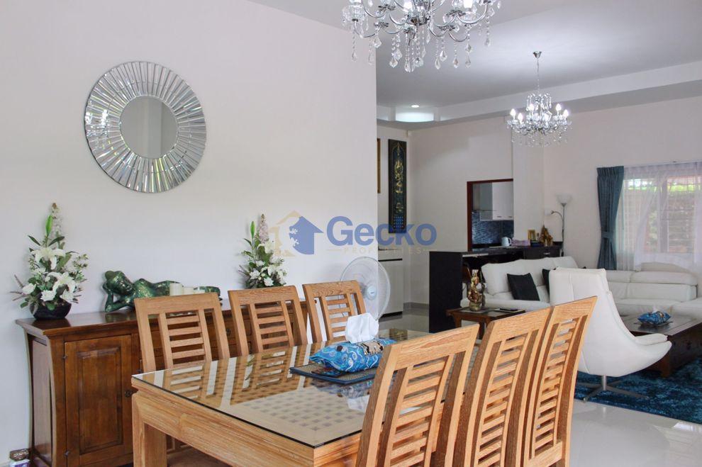 รูปภาพ 3 Bedrooms bed in House in Rose Land & House in East Pattaya H009073