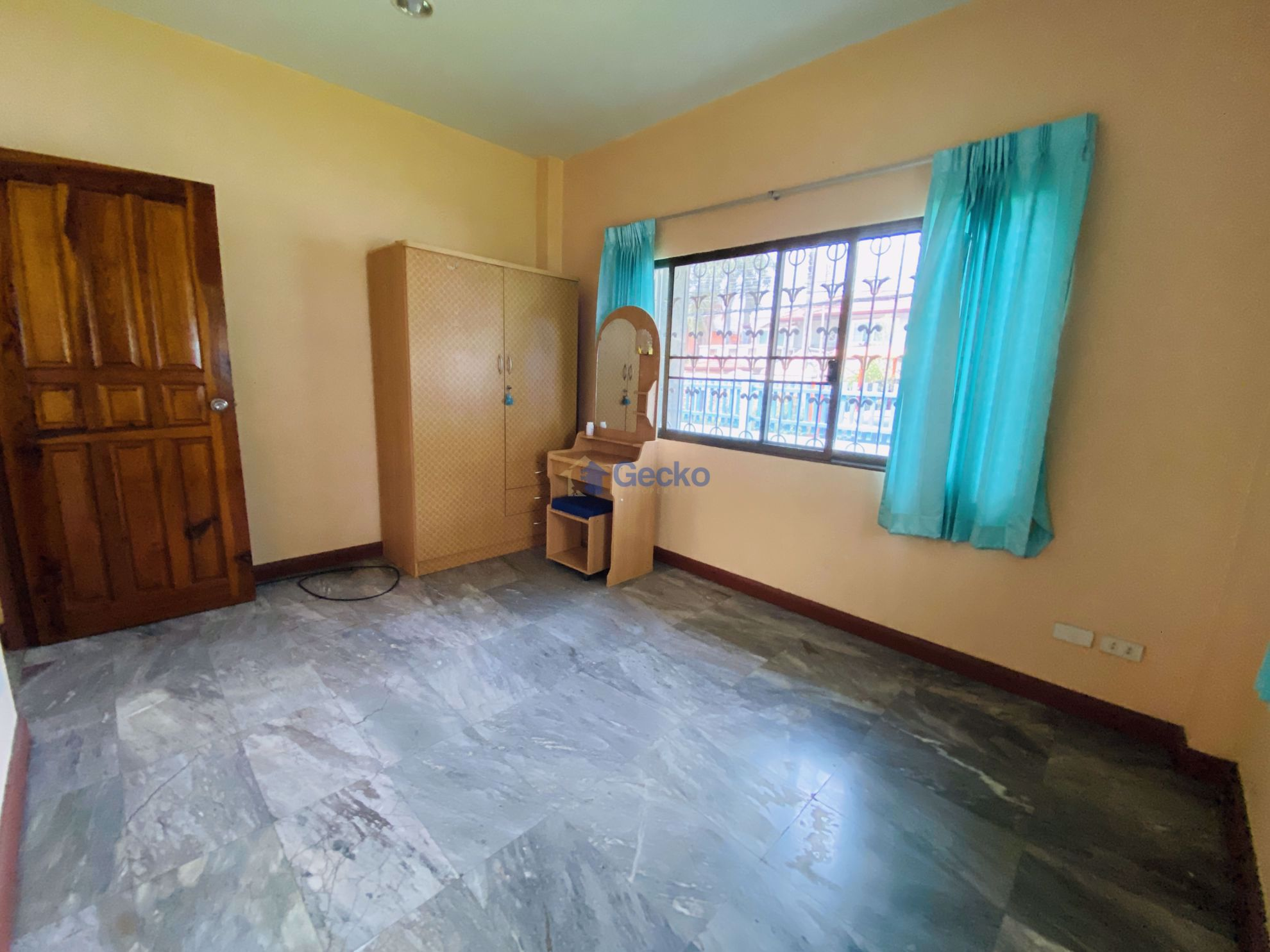 Picture of 3 Bedrooms bed in House in East Pattaya H009081
