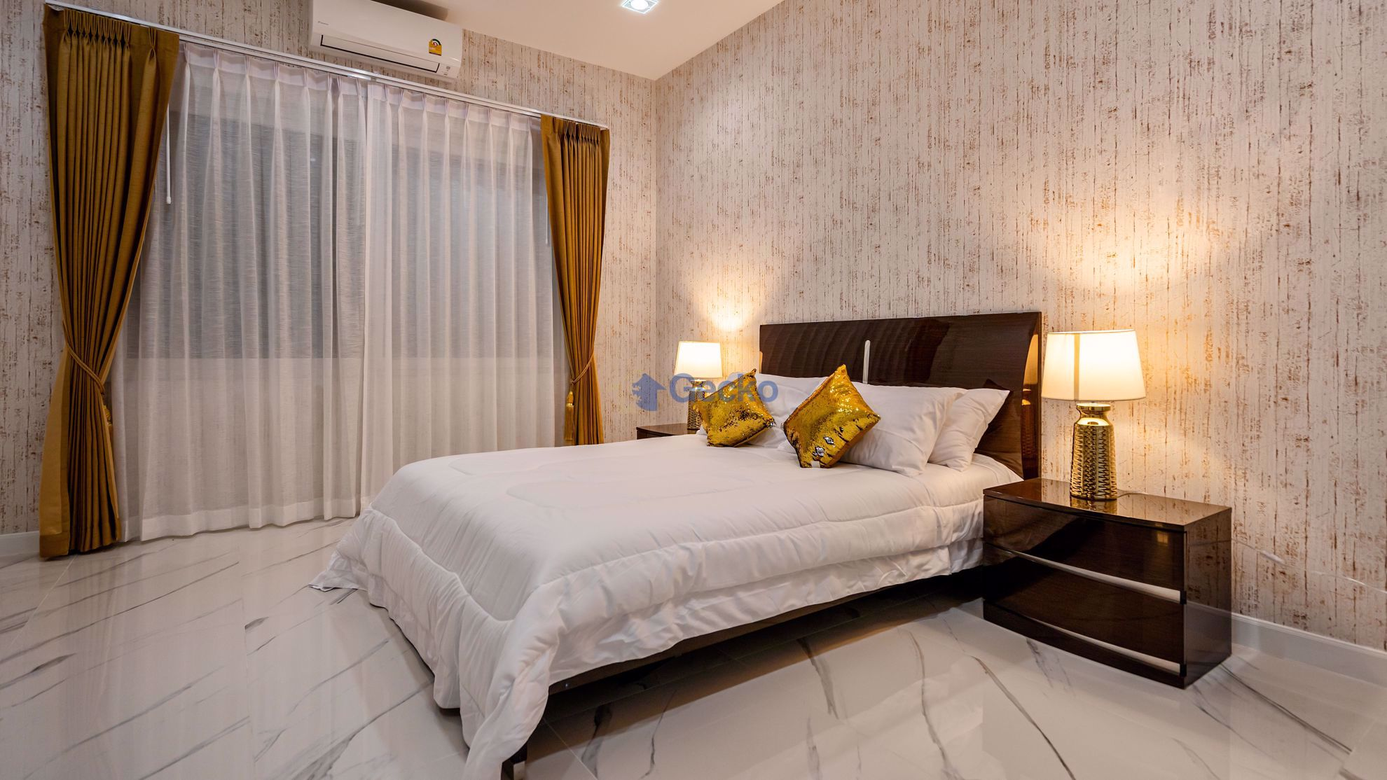 Picture of 9 Bedrooms bed in House in East Pattaya H009102