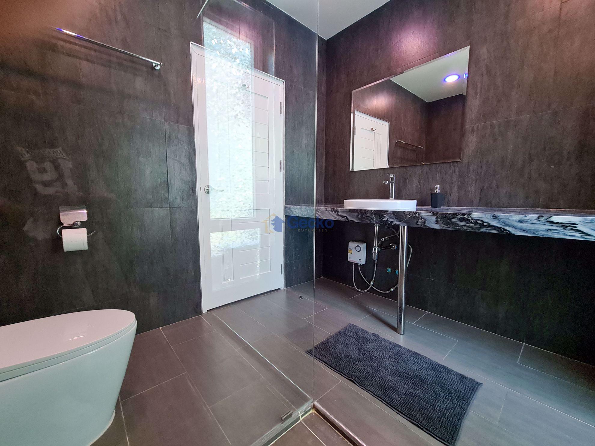 รูปภาพ 3 Bedrooms bed in House in Chateau Dale Tropical Villa in Jomtien H009184