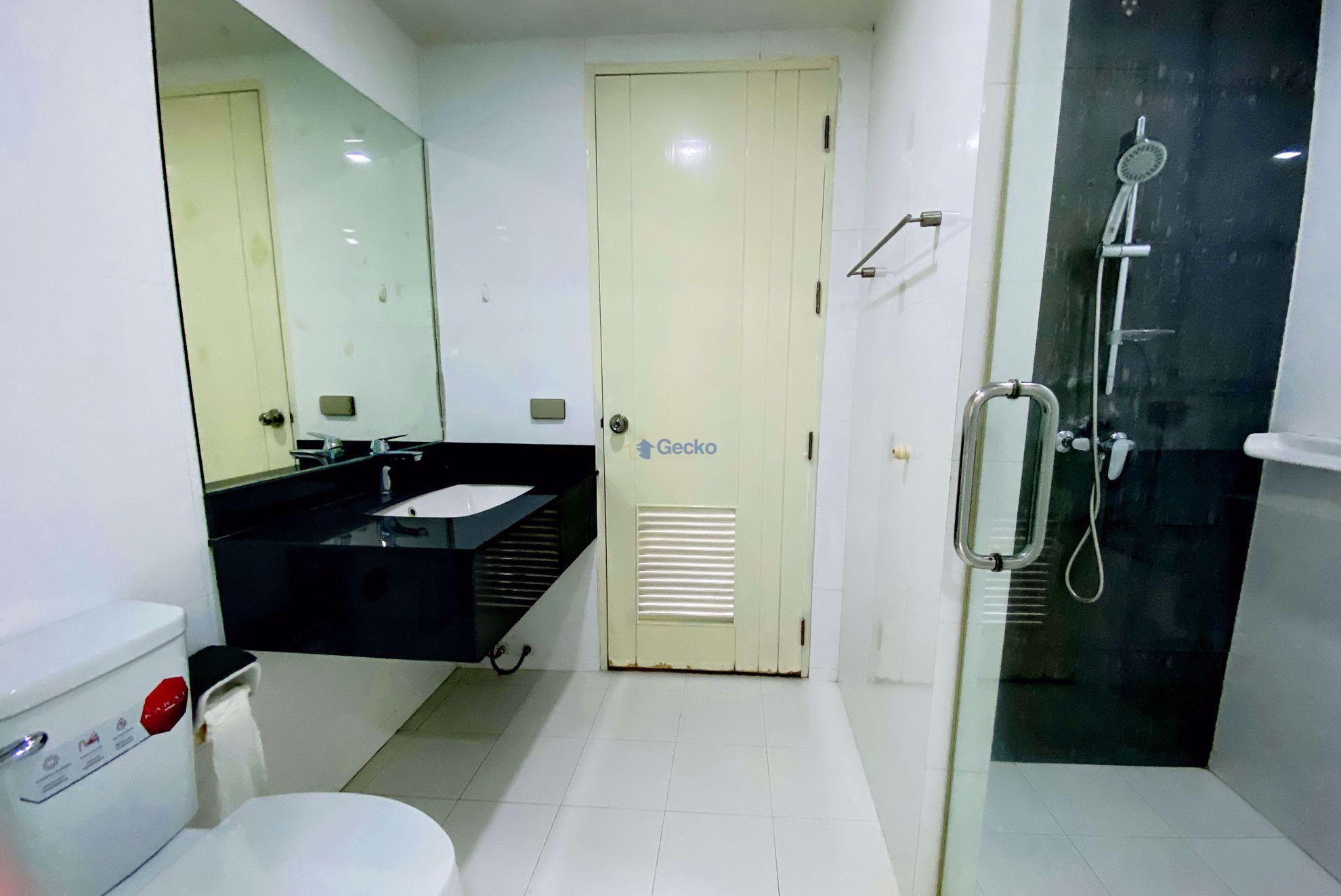 图片 1  Bedroom bed in Condo in The Urban in Central Pattaya C009196