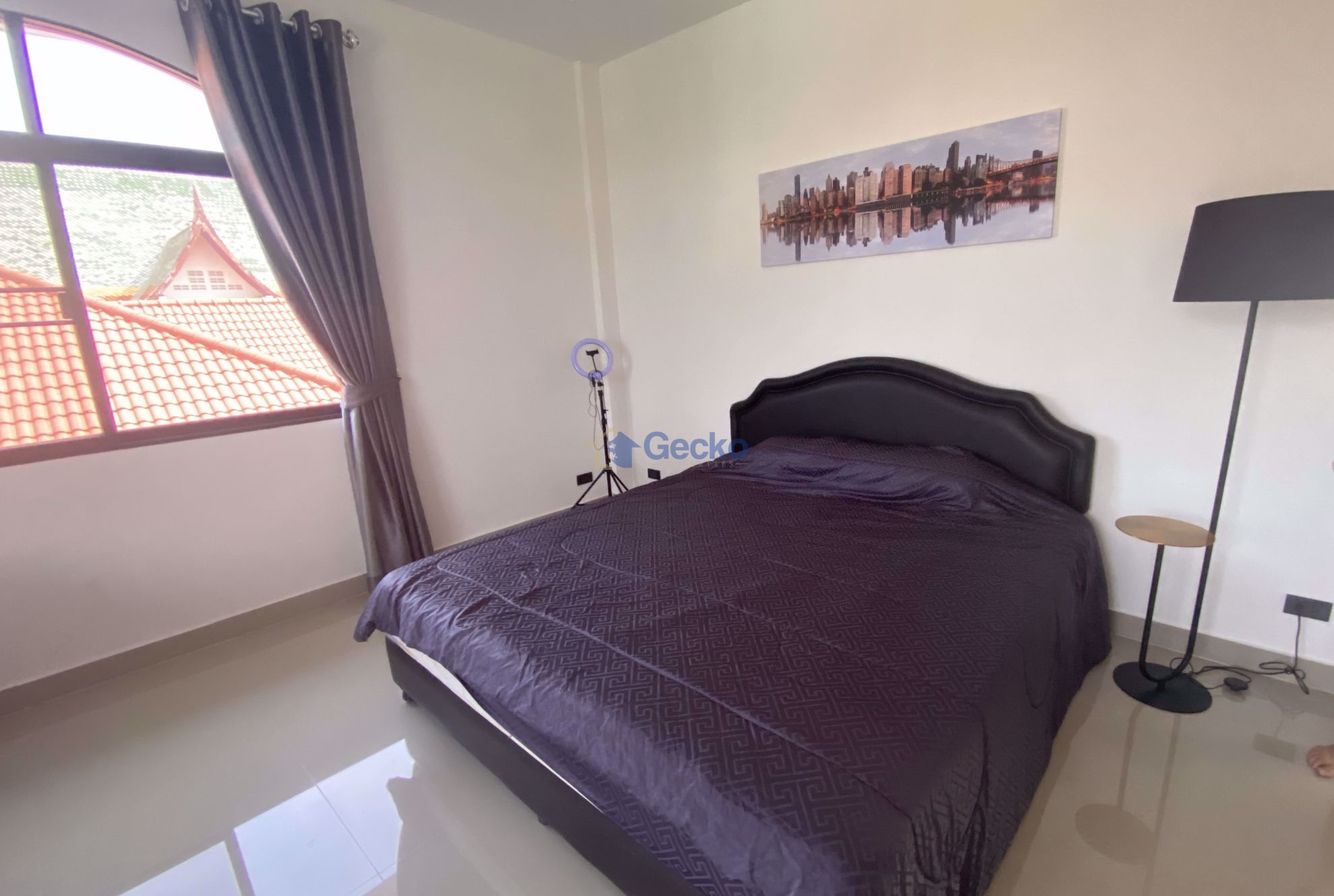 Picture of 4  Bedrooms bed in House in East Pattaya H009205