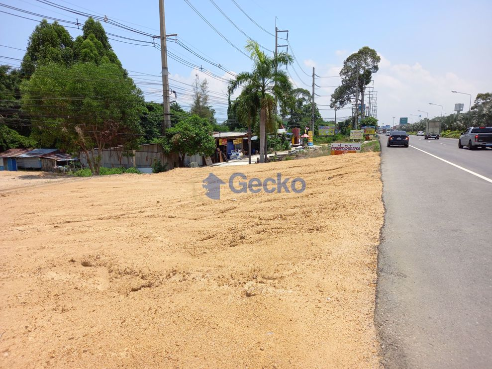 Picture of Land available in North Pattaya L009217