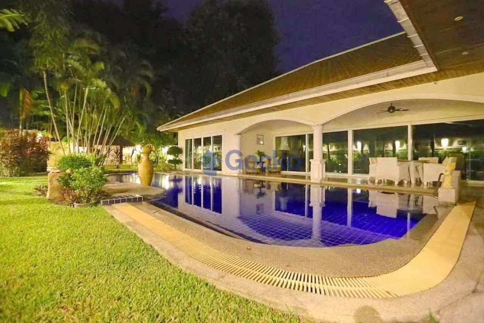 รูปภาพ 6 Bedrooms House เข้า Jomtien Park Villas  Jomtien H009236