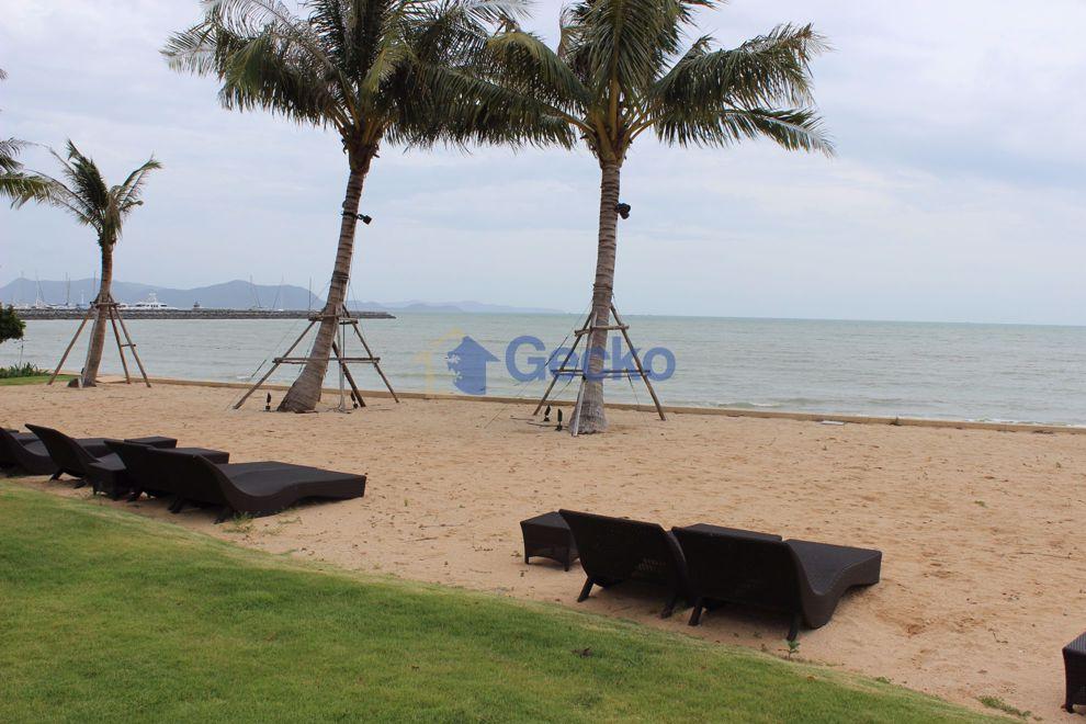 图片 1 Bedroom Condo in Movenpick White Sand Beach Pattaya Na Jomtien C009259