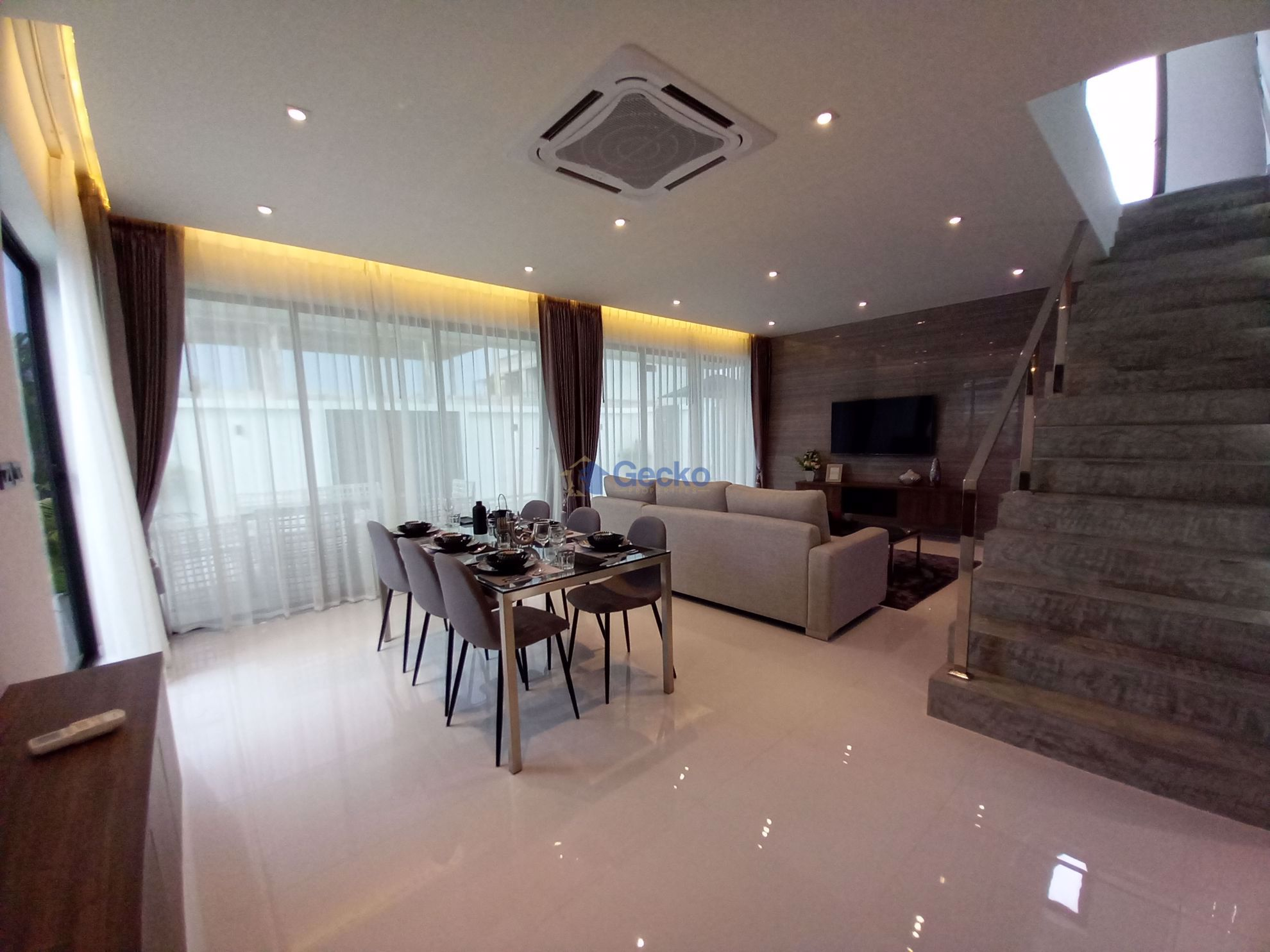 Picture of 3 Bedrooms bed in House in D-Sign Homes in Huay Yai H009269
