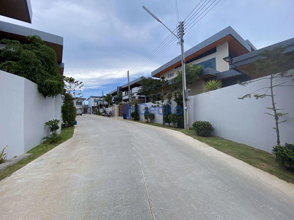 图片 M Mountain Village