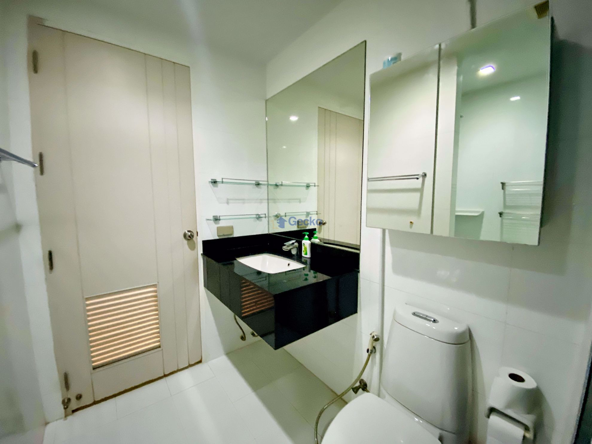 Picture of 1  Bedroom bed in Condo in The Urban in Central Pattaya C009306