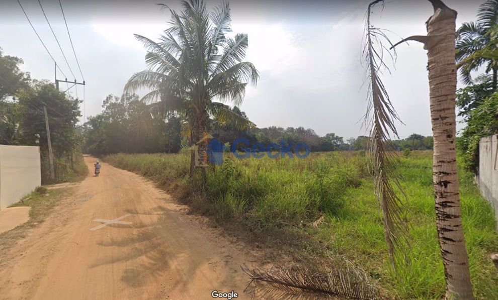 Picture of Land available in Huay Yai L009314