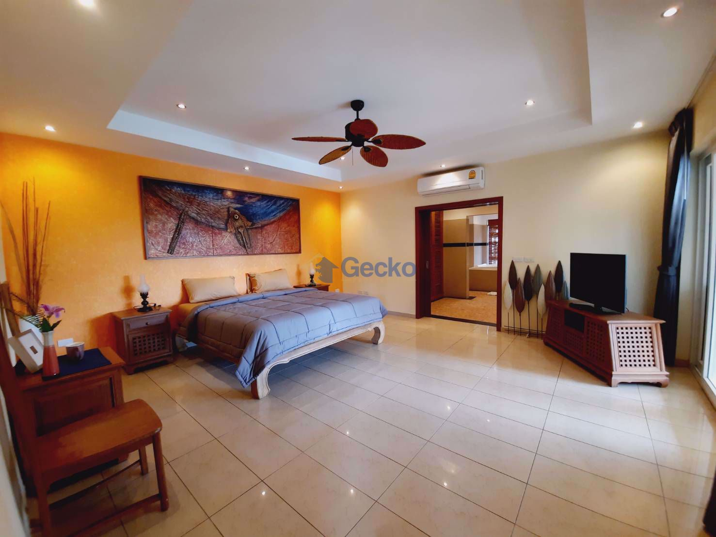 Picture of 5  Bedrooms bed in House in Siam Royal View in East Pattaya H009315