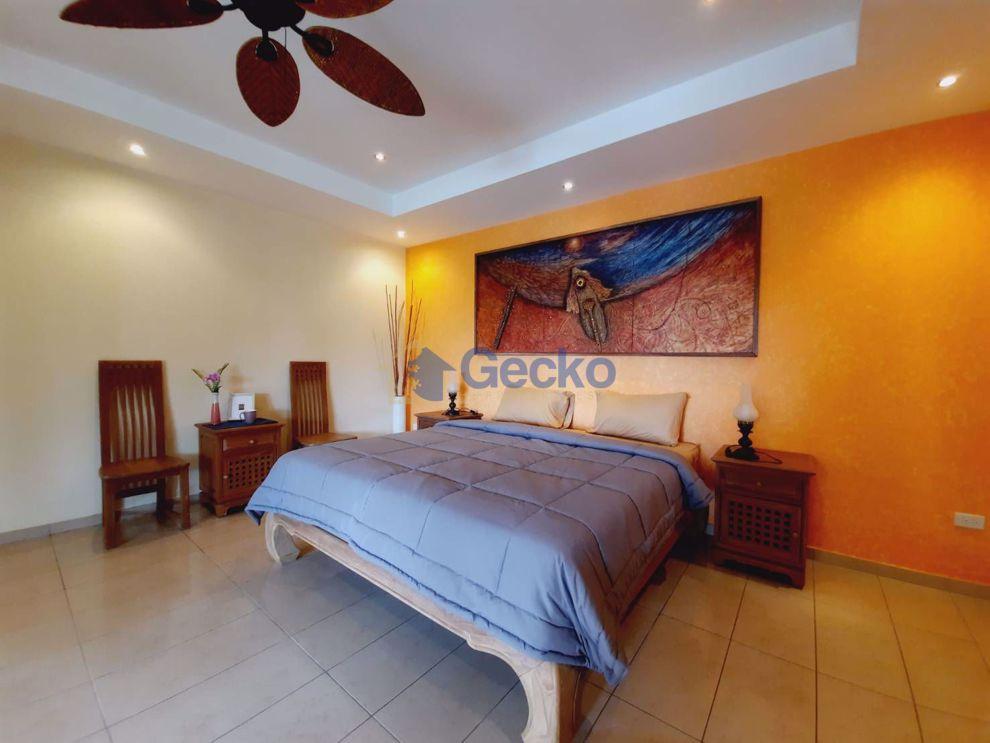 图片 5  Bedrooms bed in House in Siam Royal View in East Pattaya H009315