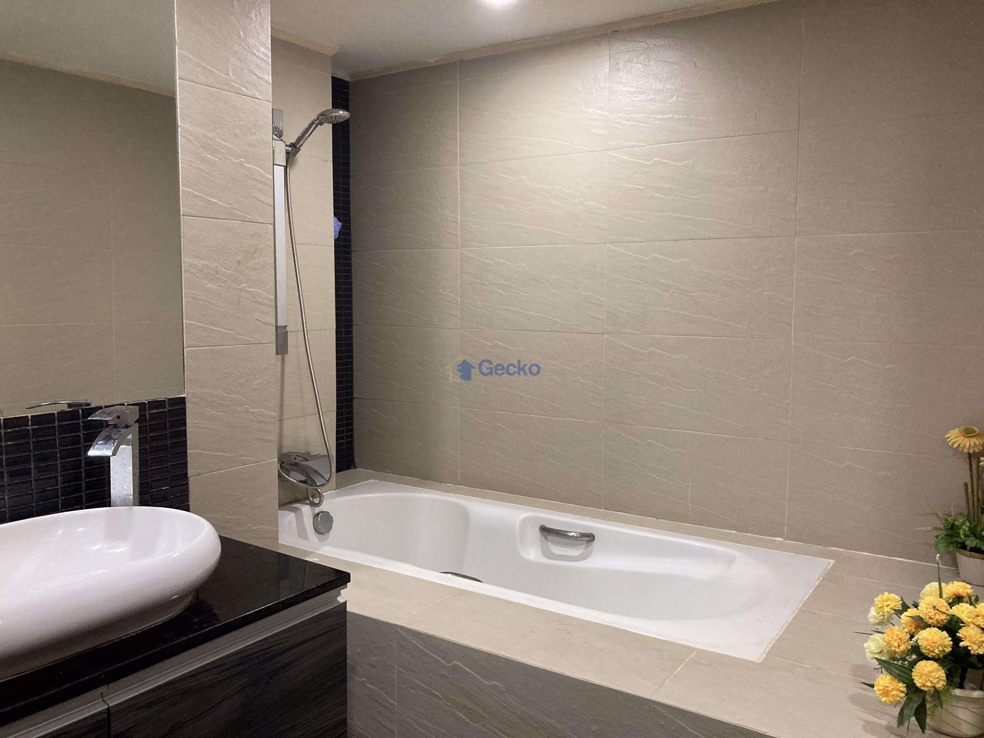 รูปภาพ Studio bed in Condo in Pattaya Heights in South Pattaya C009316