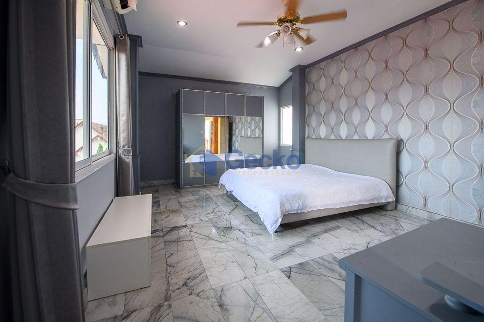 图片 5  Bedrooms bed in House in Suksabai Villa in South Pattaya H009320