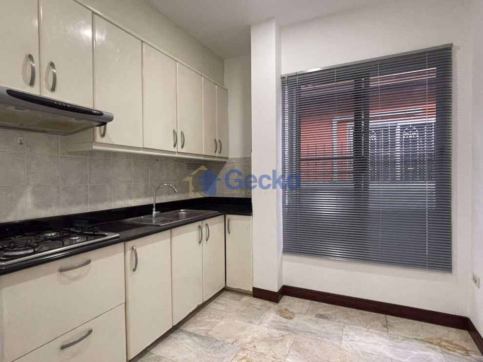 Picture of 2 Bedrooms House in Permsiri Village  East Pattaya H009330