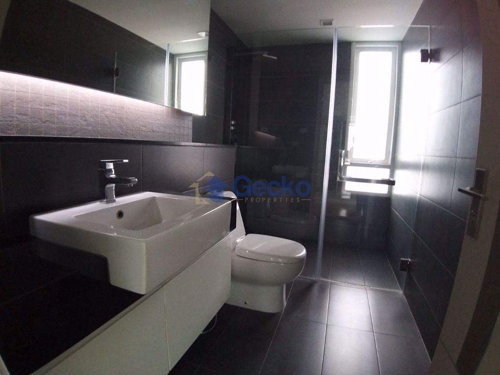 Picture of 3 Bedrooms Condo in Apus Condominium Central Pattaya C009425