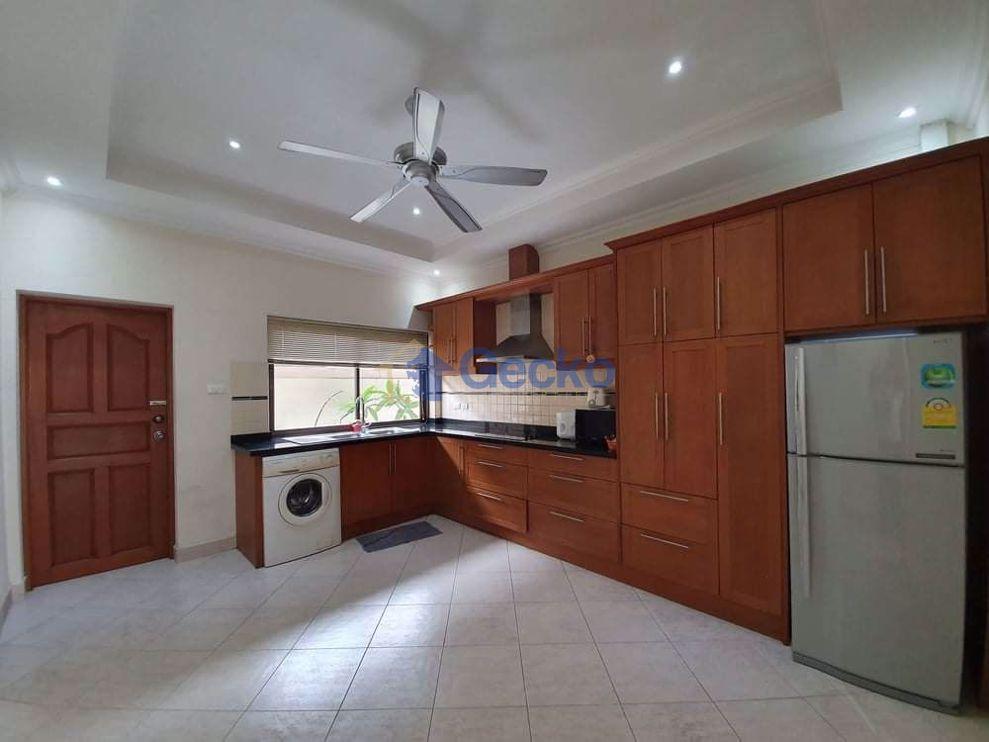 รูปภาพ House in Adare Gardens 2  Jomtien H009427
