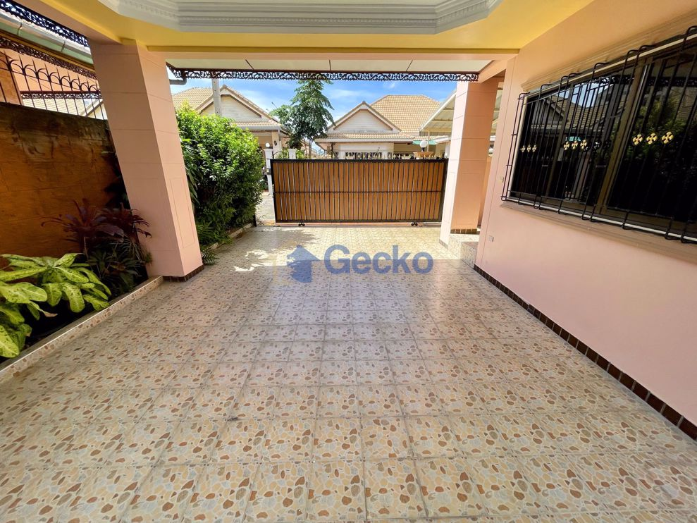 Picture of House in Royal Green Park  East Pattaya H009428