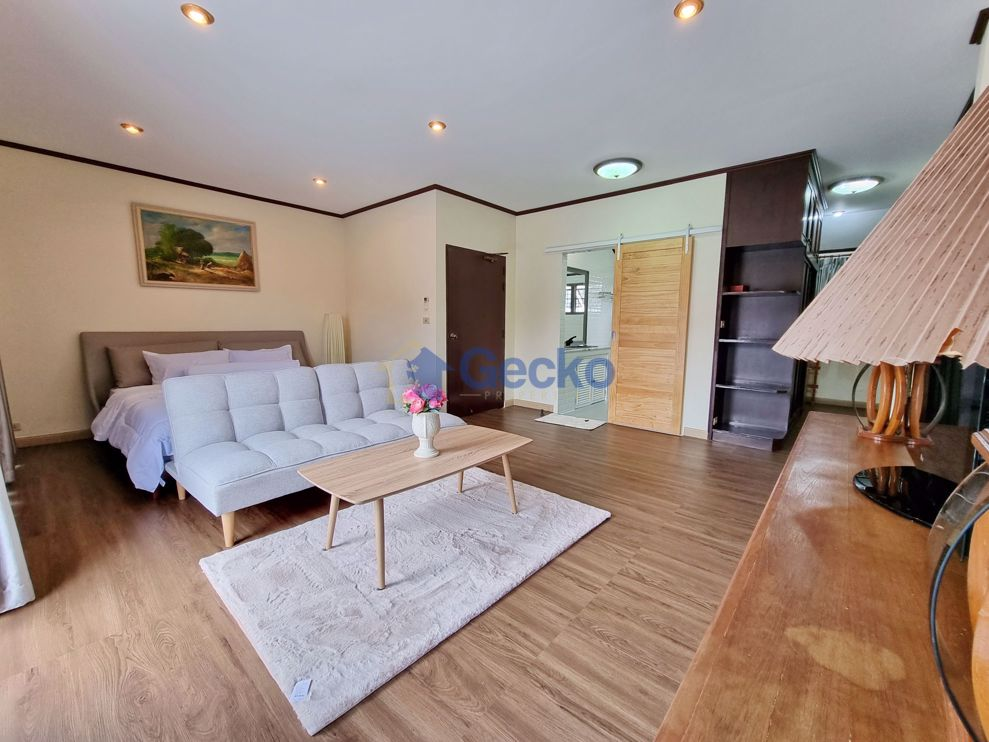 Picture of 3 Bedrooms House in Hin Wong  Na Jomtien H009546