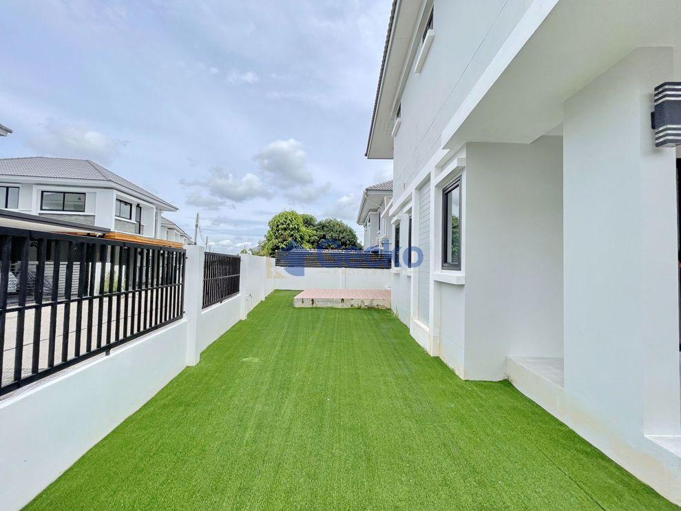 รูปภาพ 3 ห้องนอน บ้าน in Uraiwan Grand Villa  พัทยาตะวันออก H009550