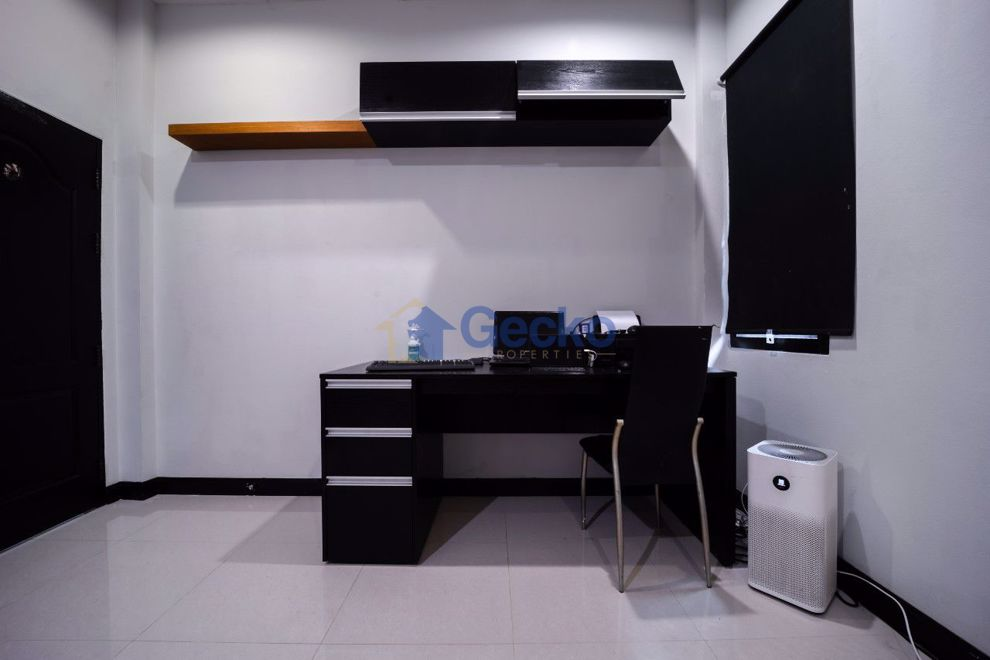 Picture of 3 Schlafzimmer House in Pornthep Garden Ville 8  East Pattaya H009558