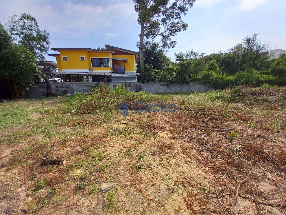 รูปภาพ ที่ดิน available in บางเสร่ L009568
